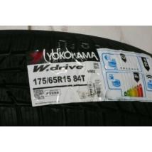 kerék gumi gumiabroncs abroncs Yokohama  175/65R15    84T  V903   W Drive   téli