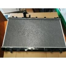 vízhűtő radiátor, hűtő SX4 benzines kézi váltós 17700-79J00