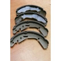 fékpofa szett Ignis, Wagon-R/3-4 széria  (53200-84E00,  53200-84E01,  53200-86G00)  utgy.
