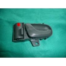 kilincs belső bal szürke első,hátsó  Swift 2003-ig 83130-80E00-T01