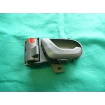 kilincs belső bal szürke első,hátsó  Swift 2003-ig gyári 83130-80E00-T01