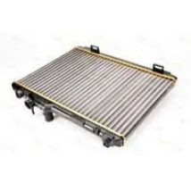 vízhűtő radiátor, hűtő Swift 2005- 1.3 benzines, 17700-62J00, utgy.