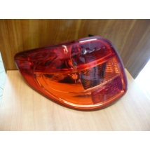 hátsó lámpa SX4  bal piros 35670-79J00