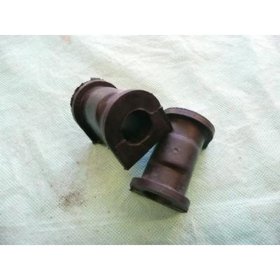 stabilizátor gumi első Maruti  (első,vágott )  42431-84070 (stabilizátor gumi szilent)