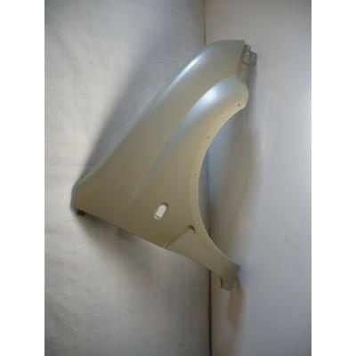 sárvédő első Ignis jobb, díszléc furat nélkül 57611-86G00