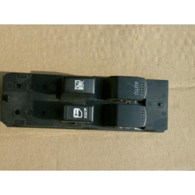 ablakemelő kapcsoló Switft, Splash, SX4  bal első (első ajtókhoz) 37990-62J10