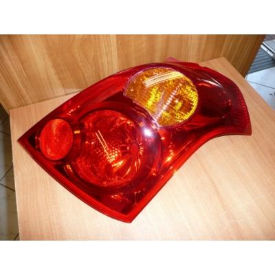 hátsó lámpa Swift 2005-  bal  Sport 35670-57k00